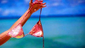 Bu plajlar utangaçlara göre değil! İşte dünyanın en ünlü çıplaklar plajı