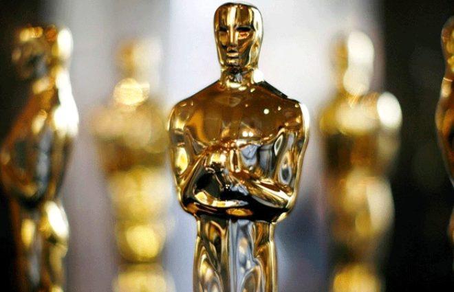 Oscar'a aday olduğunu öğrenen Florence Pugh yataktan çıplak fırladı