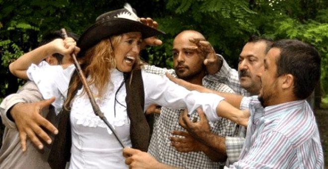 Tuğba Özay, izlenme oranıyla olay olan filmini izlemediğini itiraf etti