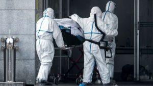 Bulaşanı öldürüyor! Dünyayı sarsan katil Koronavirüs nasıl yayılıyor?