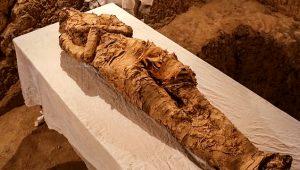 İnanılmaz olay! 3 bin yıllık mumyanın sesi hayata döndü