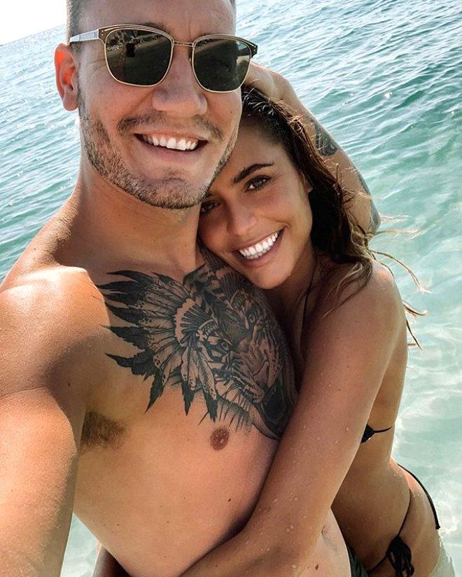 Danimarka'nın Beckham'ları, televizyon yıldızı oluyor! İlişkilerini herkes görecek