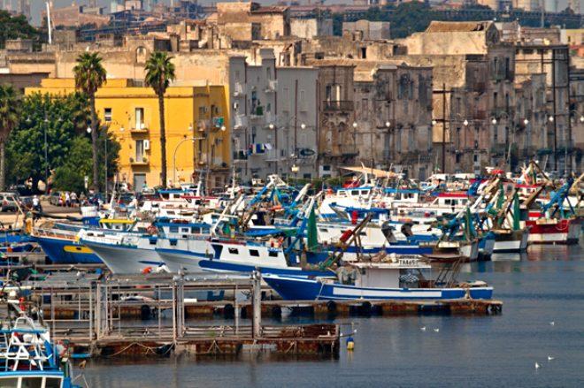 İtalya'nın sahil şehrinde evler 6,5 TL'ye satılıyor!