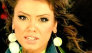 2000'li yılların güzel şarkıcısı Lara, estetikten tanınmaz hale geldi