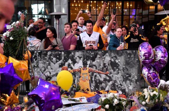 Kobe Bryant'a Lakers maçında tüyleri diken diken eden veda! King James hüngür hüngür ağladı