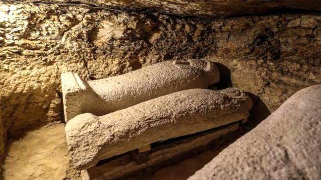 Mısır'da 3 bin yıllık ürküten keşif! Terk edilen 20 mezardan bakın ne çıktı