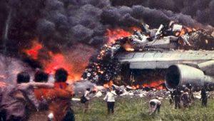 Bombalı saldırıdan kaçan 2 uçak çarpıştı, 582 can aldı! İşte tarihin en büyük uçak kazaları
