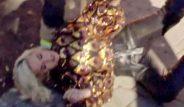 Yıldız şarkıcı Katy Perry, program çekimi sırasında bir anda yere yığıldı