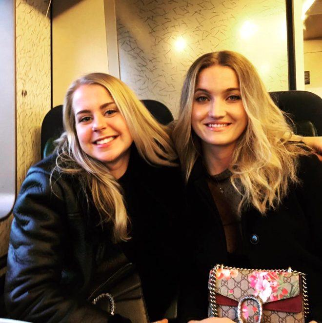 2 genç kadının uçuş görevlisinden ilaç isteği koronavirüs paniğine sebep oldu! Zorla karantinaya aldılar