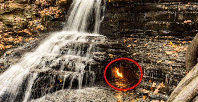 Yıllardır yanıyor! Şelaledeki sönmeyen ateş bilimi bile şaşırtıyor
