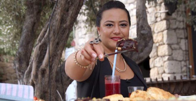 Anadolu'yu yiyen kadın Ezgi Sertel, ikiz bebekleriyle ilk pozunu paylaştı
