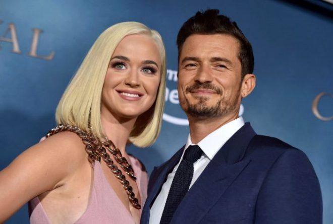 Yıldız şarkıcı Katy Perry hamile olduğunu yeni şarkısının klibinde duyurdu
