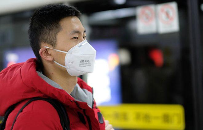 Koronavirüsün pençesindeki iki hastadan gün gün hastalık belirtileri: Şiddetli baş ağrısıyla başladı