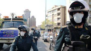 Koronavirüsle mücadele eden İran'da, ordu biyolojik tatbikat başlattı