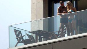 Güzel spiker Diletta Leotta'nın sevgilisiyle balkon karantinası olay oldu