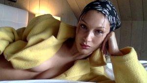 Karantinada canı sıkılan Bella, çamaşırsız giydiği ceketi ile yürek hoplattı