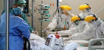 Koronavirüs savaşçılarının yoğun bakımda hastalar için ter döktüğü anlar anbean kameralara yansıdı