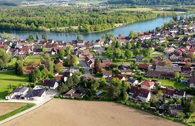 Halkının restorana gitmek için ülkeler arasında seyahat gerçekleştirdiği ilginç kasaba: Busingen
