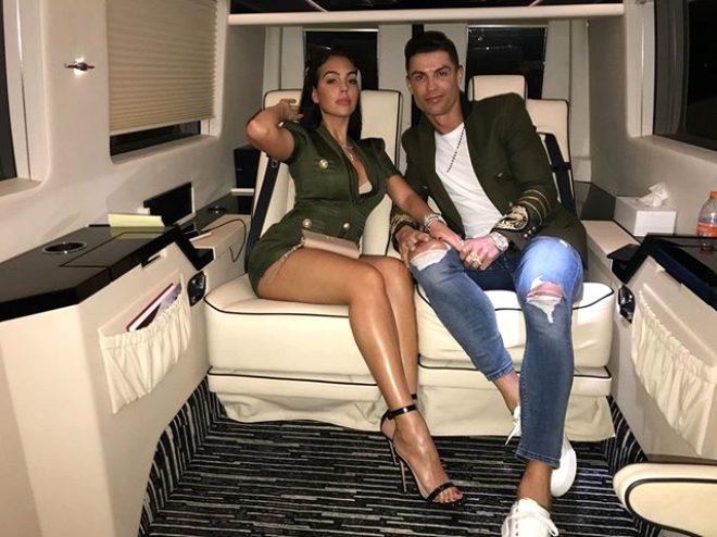Karantinadan sürpriz çıktı! Yıldız futbolcu Ronaldo'nun kız arkadaşından 'Hamileyim' mesajı