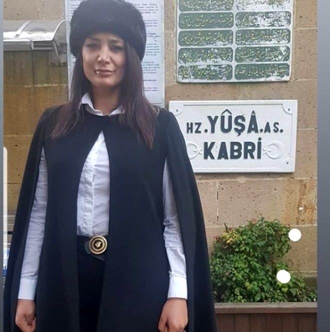 Instagram pozları bomba! Türkiye Sedat Peker'i tehdit eden file çoraplı Hanımağa'yı konuşuyor