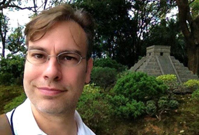 Ünlü komplo teorisyeni Scott C. Waring'den akıllara durgunluk verecek iddia: Yer altına açılan gizli bir kapı var