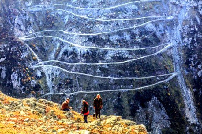 Yapımı 132 yılda tamamlanan bu yoldan geçmek yürek ister! İşte Türkiye'nin en tehlikeli yolları