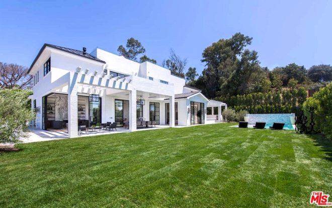 Ev değil şehir! NBA yıldızı LeBron James'in 25 milyon dolarlık saray yavrusu evi, görenlerin ağzını açık bıraktı
