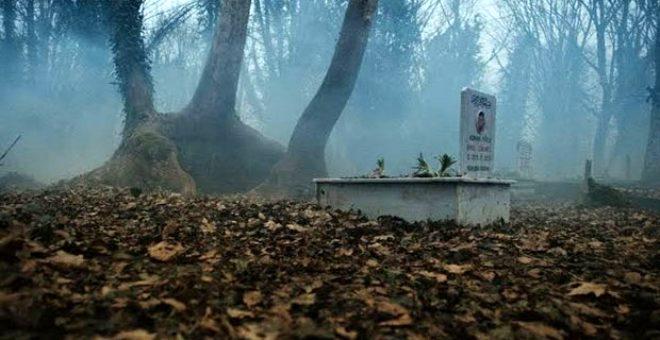 Tüyleri diken diken eden sır dolu olay! Anne ve bebeğinin birbirinden ayrı yapılan mezarları her seferinde yeniden birleşti