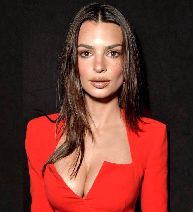 Dünyaca ünlü model Emily Ratajkowski tül elbisesiyle sokağa çıktı, görenler bir daha dönüp baktı!