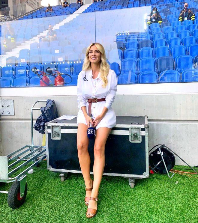 Güzel spiker Diletta Leotta kamera karşısına bu kez Ibrahimovic'le geçti, yer yerinden oynadı