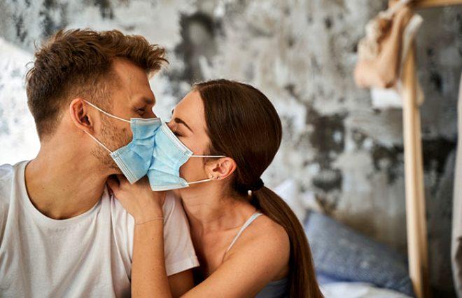 Koronavirüs Cinsel Yolla Bulaşır mı?