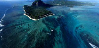 Sıra dışı doğa olayı! Okyanusun içindeki su altı şelalesi görenleri ürkütüyor