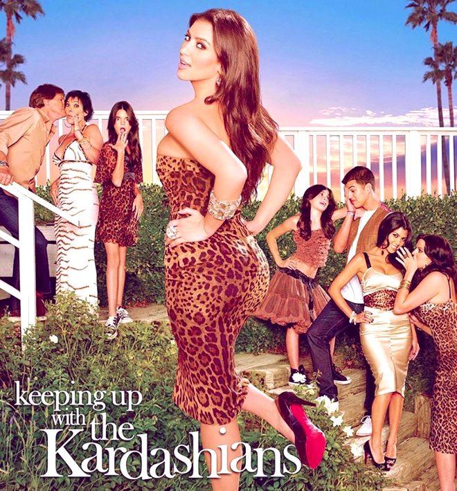 Kylie Jenner, eski halini paylaşan Kim Kardashian'a tepki gösterdi: Hemen sil bunu