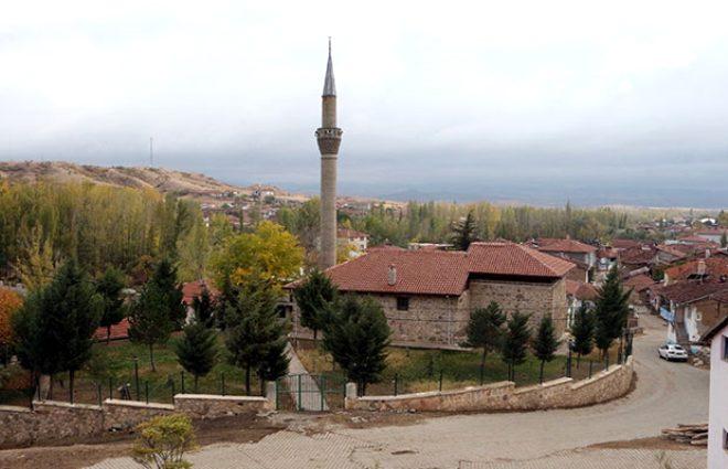 'TÜRKİYE'DEKİ 3 CAMİDEN BİRİ'