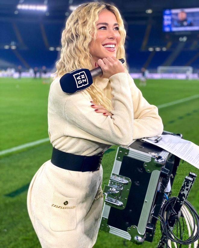 Futbol dünyasının el üstünde tuttuğu güzel spiker Diletta Leotta'yı meslektaşı yerden yere vurdu