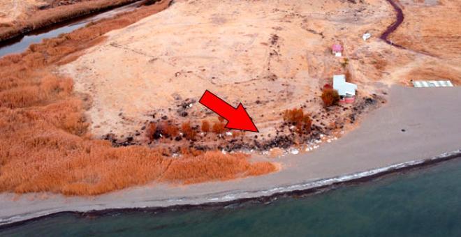 Van Gölü çekilince 2 bin 750 yıllık liman gün yüzüne çıktı