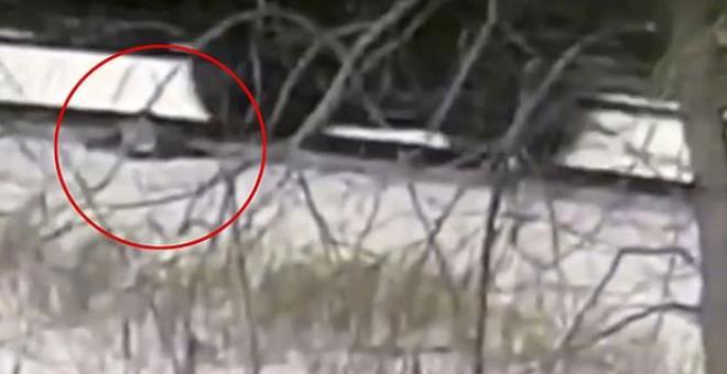 YouTube sevdası öldürüyordu! Hareket eden trenin üzerinden raylara düşen çocuğun bacakları koptu