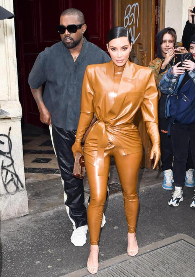 Kim Kardashian özel adada boşanma partisi düzenleyecek