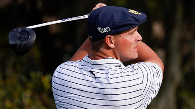 Güzel golfçü meslektaşına sahip çıkmak istedi, sarf ettiği sözler Twitter'ı birbirine kattı
