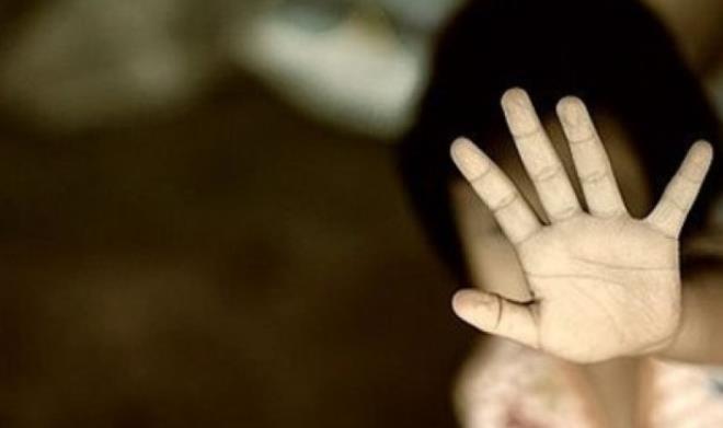 Sevgilisinin 2 yaşındaki oğlunu, altını ıslattığı için döverek öldürdü