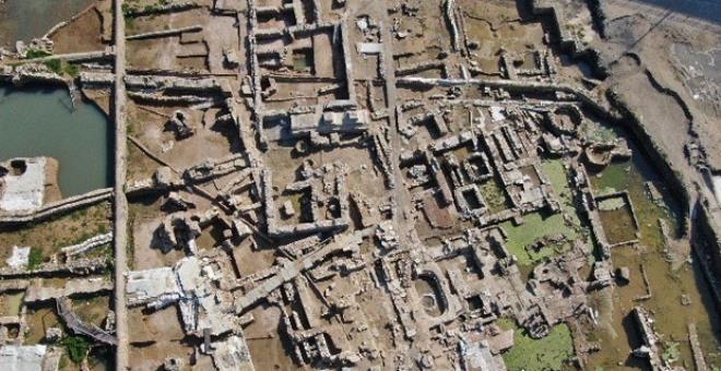 Arkeologlar kazmayı toprağa her vuruşlarında hayran kalıyor! 2.500 yıldır İstanbul'un göbeğinde saklanıyormuş