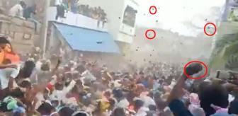 Bu manzara ancak tek bir ülkede görülür! Binlerce kişi yarım saat boyunca birbirine inek gübresi fırlattı