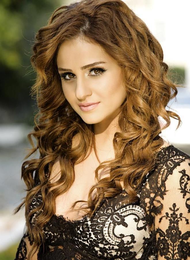 'Oy Didem' diyerek hayatımıza giren Azeri kızı, estetiği abarttı! Ancak sesinden tanıyabiliyoruz