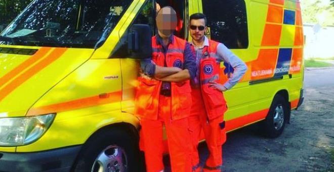 Eşcinsel sağlık çalışanı benzin dökülerek diri diri yakıldı