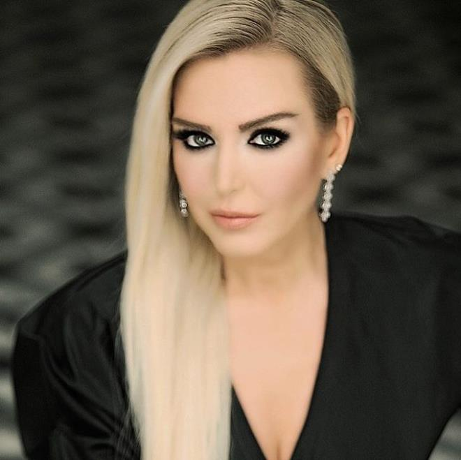 'Şinanari' diyerek hayatımıza giren Pınar Dilşeker estetiğin dozunu kaçırdı! Tanıyabilene aşk olsun