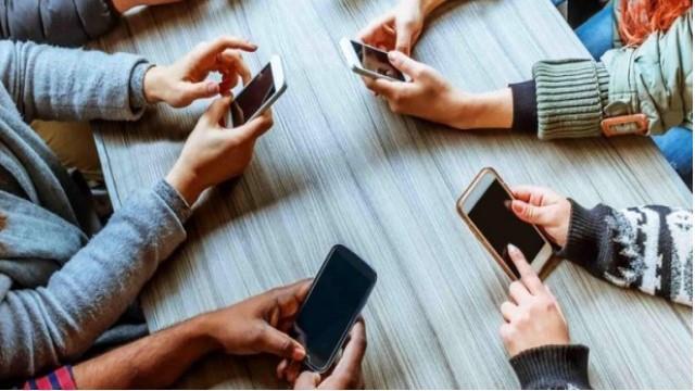 FOMO: Sosyal medya hastalığı