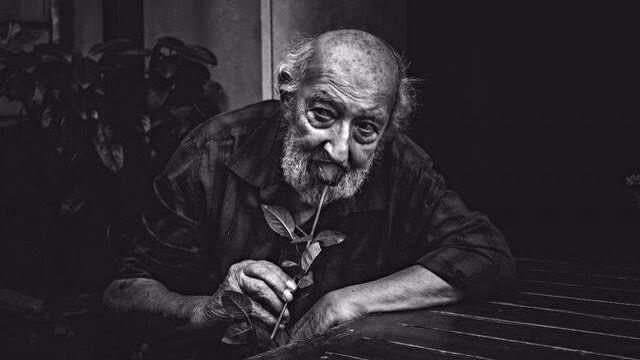 Ara Güler 93. yaş gününde Galata Kulesinde anılıyor