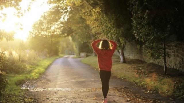 Vücut sağlığınız için her gün düzenli yürüş yapın