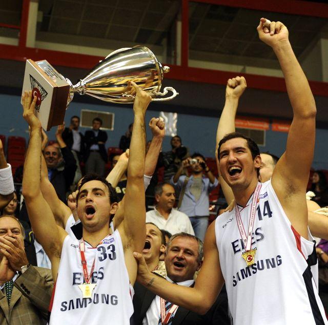 Cumhurbaşkanlığı Kupası Efes'in