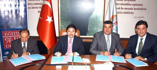 Muğla'ya 10 Milyon Lira Değerinde Üç Okul Yapılacak